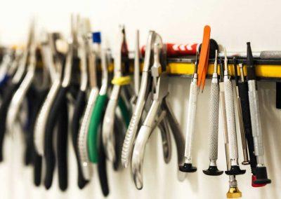 optician's tools